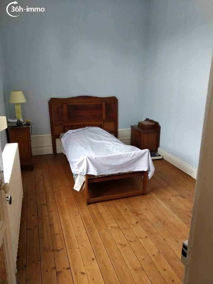 Maison Sourdon 80250 Somme 194 m<sup>2</sup> 9 pi&eagrave;ces 200000 euros