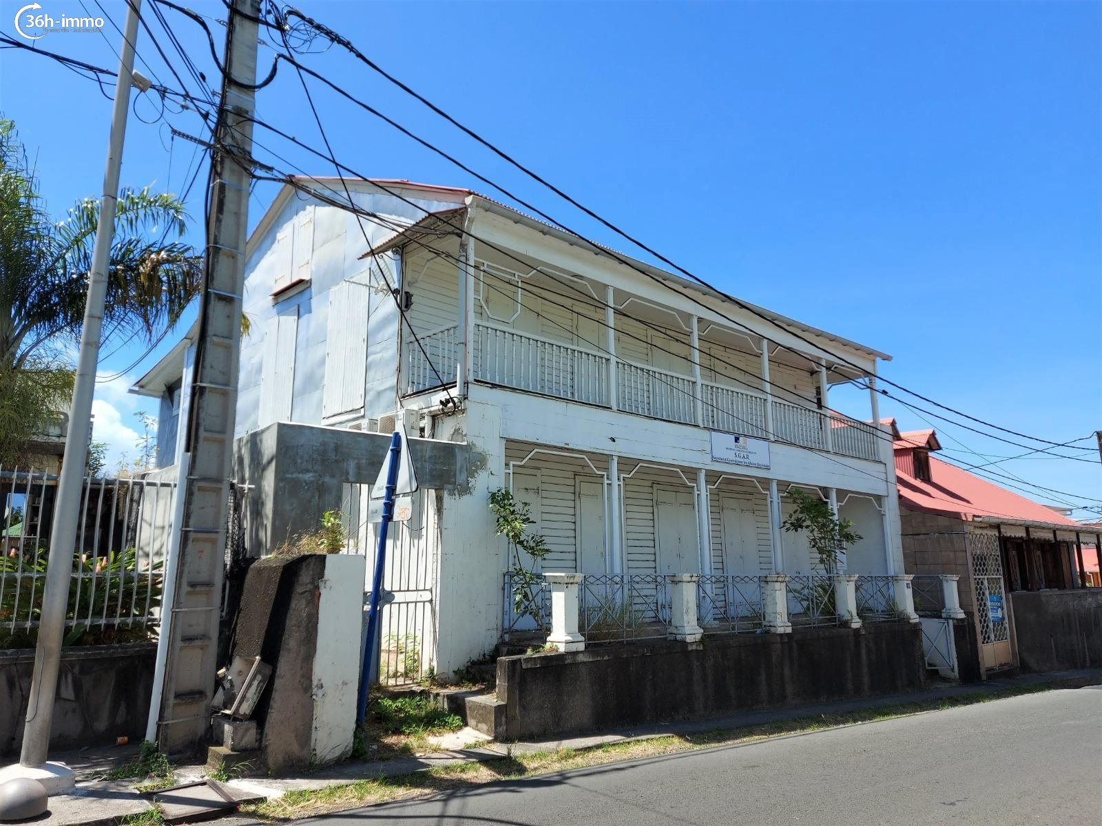 Immeuble Basse-Terre 97100 Guadeloupe 278 m<sup>2</sup> 50000 euros
