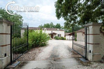 propriete a vendre Monflanquin 47150 Lot-et-Garonne 367 m2 12 pièces 698475 euros
